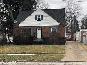 5411 Thomas Street, Maple Heights, OH 44137 (MLS #4183611) :: RE/MAX Valley Real Estate