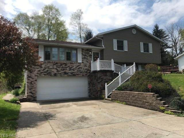 108 Westminster Drive, St. Clairsville, OH 43950 (MLS #4183862) :: The Holly Ritchie Team