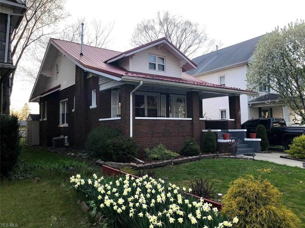 636 Tuscarawas Avenue - Photo 1