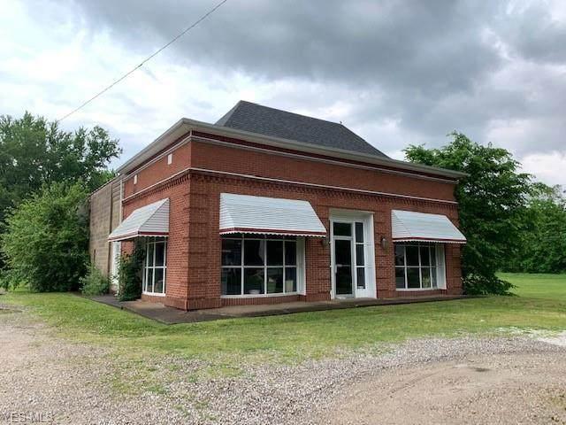 1100 Denman Avenue, Coshocton, OH 43812 (MLS #4185339) :: The Crockett Team, Howard Hanna