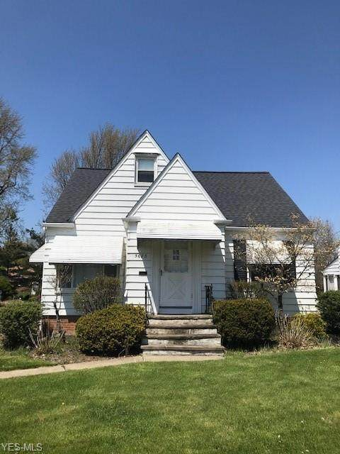 5673 Shawnee Drive, Lyndhurst, OH 44124 (MLS #4188015) :: The Holly Ritchie Team