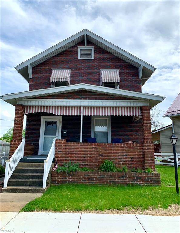 803 Eastport Avenue, Uhrichsville, OH 44683 (MLS #4189014) :: RE/MAX Valley Real Estate