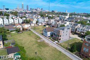 W 6th Street, Cleveland, OH 44113 (MLS #4189671) :: The Holden Agency