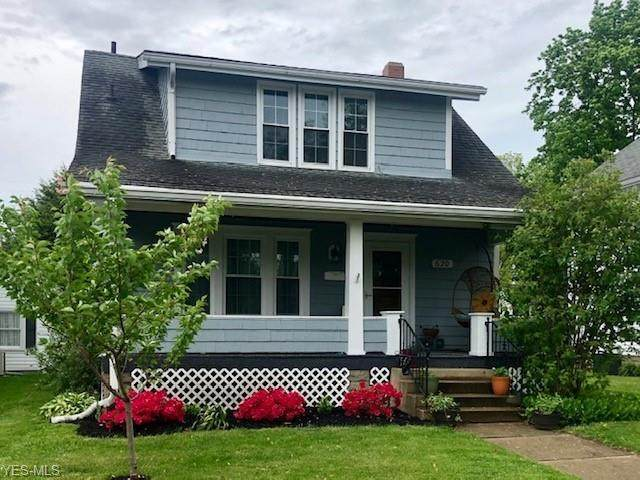 620 Oak Street, New Philadelphia, OH 44663 (MLS #4190074) :: Tammy Grogan and Associates at Cutler Real Estate