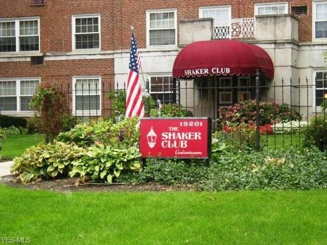 19201 Van Aken Boulevard #213, Shaker Heights, OH 44122 (MLS #4191696) :: Tammy Grogan and Associates at Cutler Real Estate
