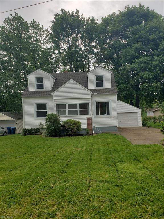 2781 Otter Drive, Akron, OH 44319 (MLS #4192247) :: RE/MAX Edge Realty