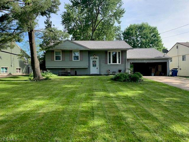 8170 Venice Heights, Warren, OH 44484 (MLS #4193241) :: The Holly Ritchie Team