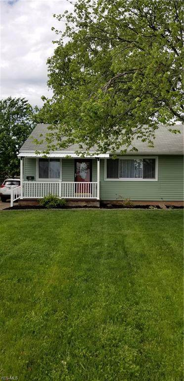 1132 W 30th, Lorain, OH 44052 (MLS #4193755) :: The Holly Ritchie Team
