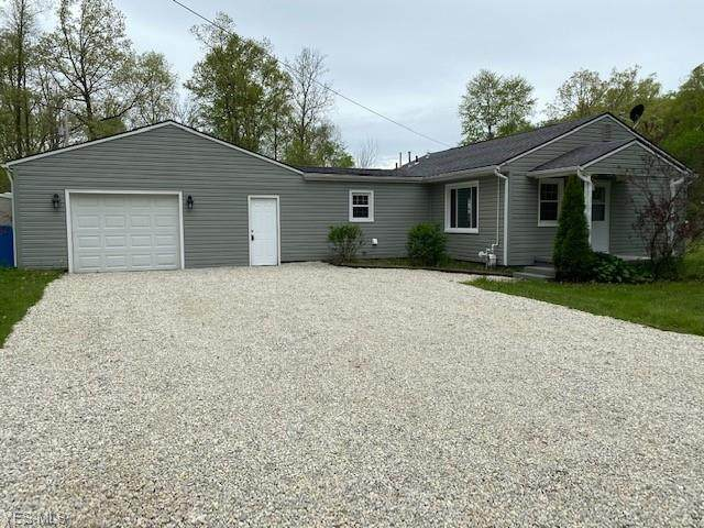17854 Lundys Lane, Lake Milton, OH 44429 (MLS #4194266) :: RE/MAX Trends Realty
