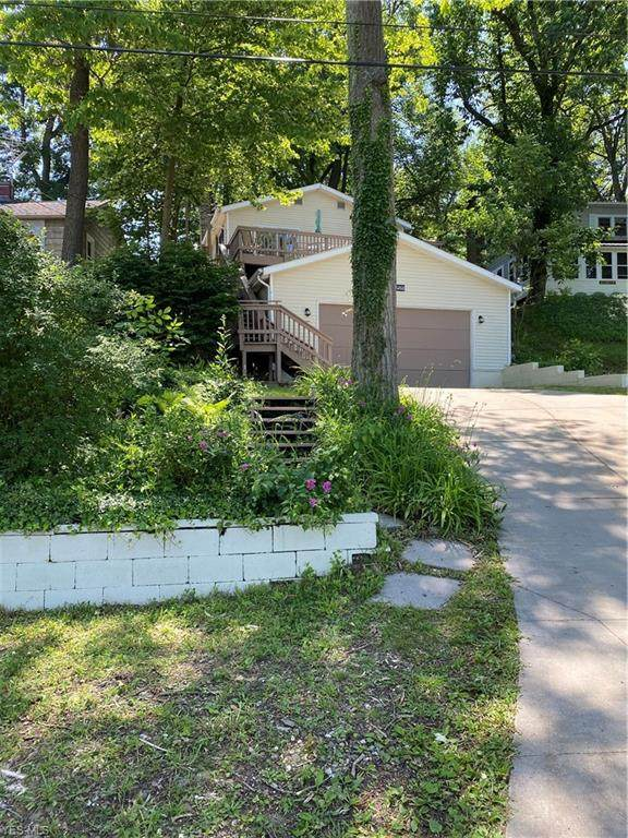 6260 Lakeview Drive, Ravenna, OH 44266 (MLS #4197448) :: The Holden Agency