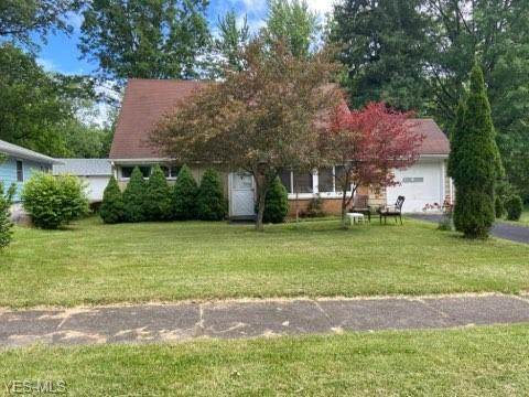 2384 Ridgewood Road, Youngstown, OH 44502 (MLS #4199935) :: RE/MAX Trends Realty