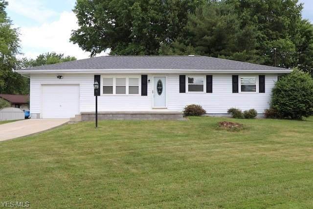 3931 Adrian, Warren, OH 44484 (MLS #4200253) :: The Art of Real Estate