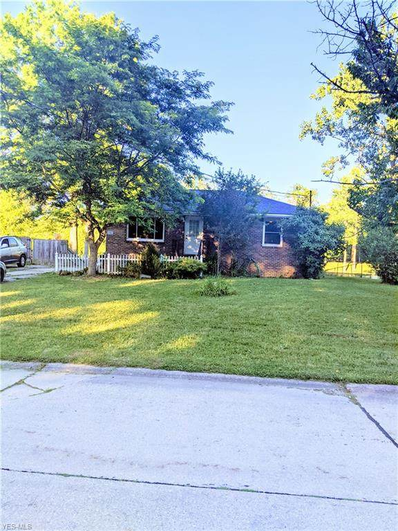 3782 Olmsby Drive, Kent, OH 44240 (MLS #4200997) :: Keller Williams Chervenic Realty