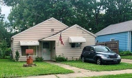 1062 Merton Avenue, Akron, OH 44306 (MLS #4201886) :: The Crockett Team, Howard Hanna