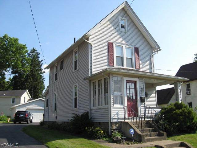1521 Tremont Avenue SW, Massillon, OH 44647 (MLS #4202035) :: RE/MAX Trends Realty