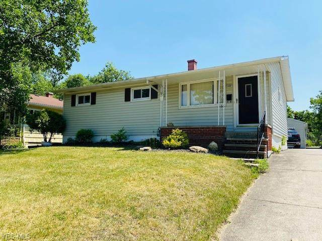 328 Harding Street, Medina, OH 44256 (MLS #4203375) :: The Holden Agency