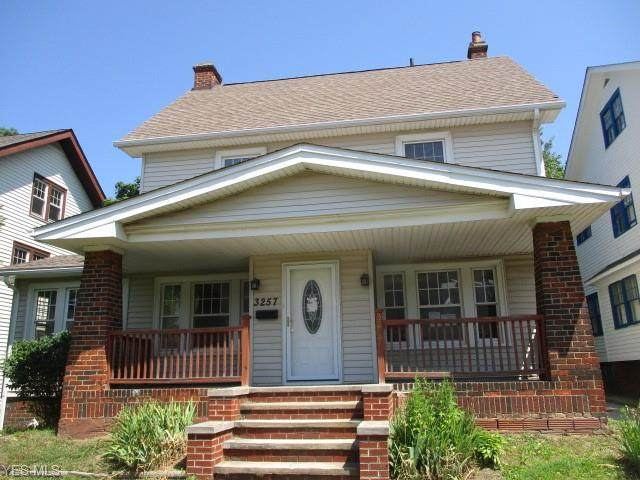 3257 Washington Boulevard, Cleveland Heights, OH 44118 (MLS #4204246) :: The Crockett Team, Howard Hanna
