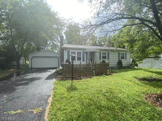2948 Montgomery Avenue NW, Warren, OH 44485 (MLS #4204695) :: RE/MAX Valley Real Estate