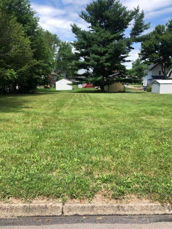 Smithfield Street, Struthers, OH 44471 (MLS #4207622) :: RE/MAX Valley Real Estate