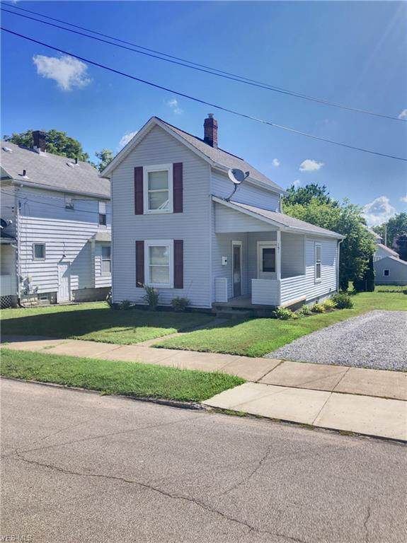 151 19th Street NW, Barberton, OH 44203 (MLS #4209626) :: The Crockett Team, Howard Hanna
