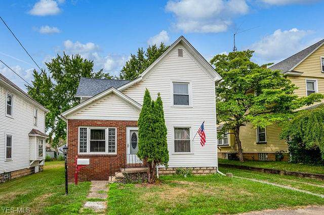 360 E Clark Street, East Palestine, OH 44413 (MLS #4209692) :: The Holly Ritchie Team
