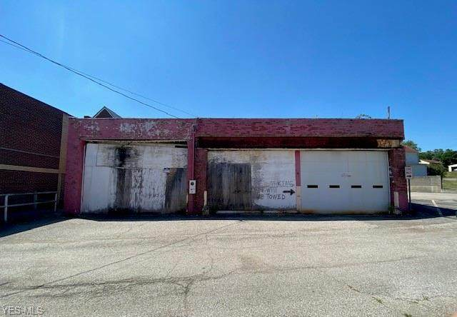 3420 West Street, Weirton, WV 26062 (MLS #4210166) :: Select Properties Realty