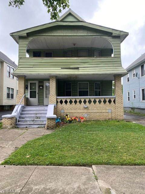 3692 E 153rd Street, Cleveland, OH 44120 (MLS #4210879) :: Keller Williams Legacy Group Realty