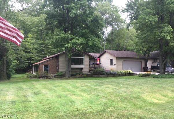 3939 Westlake, Cortland, OH 44410 (MLS #4211350) :: The Jess Nader Team | RE/MAX Pathway