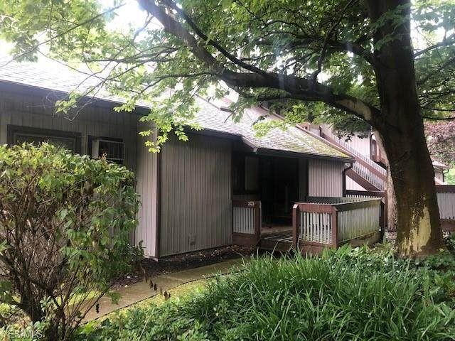 2123 Pinebrook, Cuyahoga Falls, OH 44223 (MLS #4212114) :: The Jess Nader Team | RE/MAX Pathway