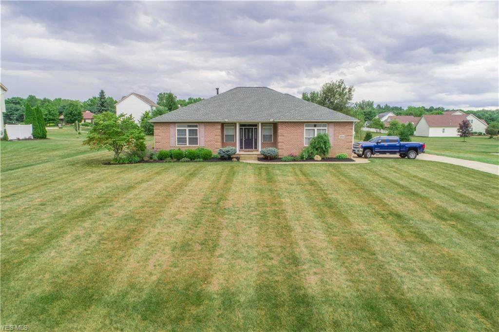 1482 Countryside Drive - Photo 1