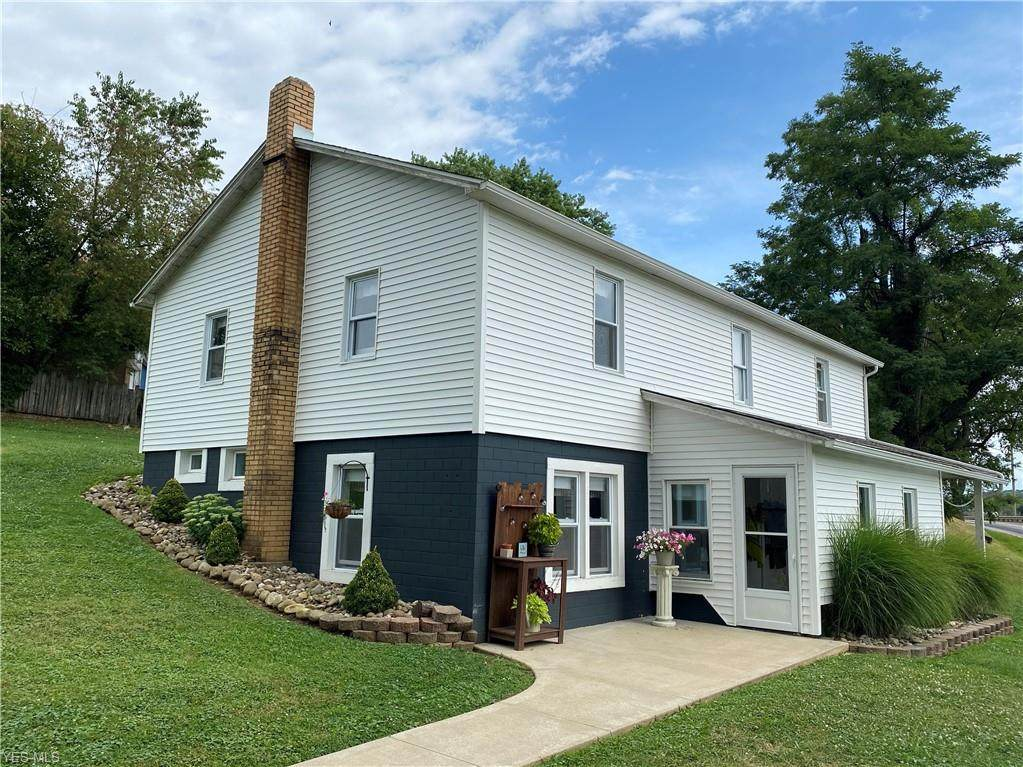 4700 Township Road 371 - Photo 1