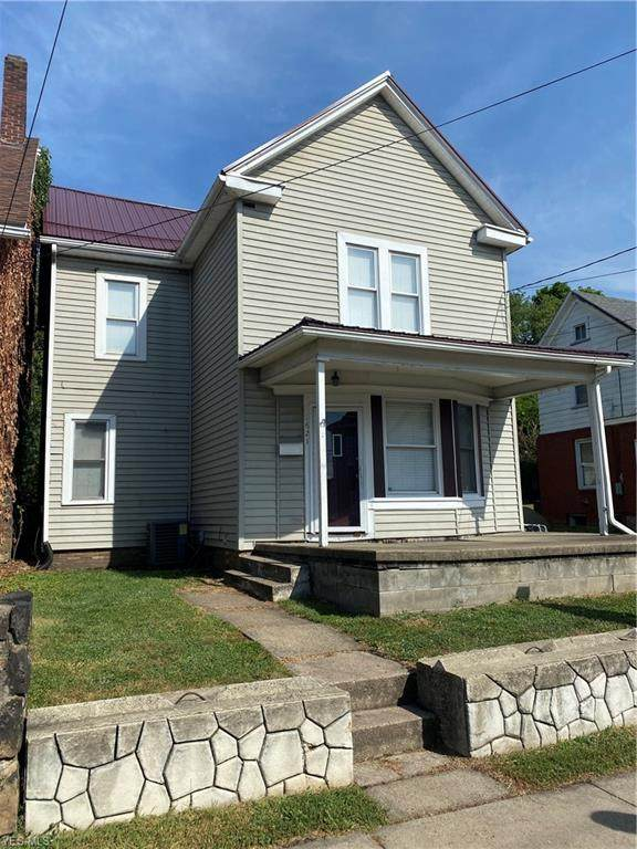 1621 Chester Avenue, Wellsville, OH 43968 (MLS #4217434) :: RE/MAX Trends Realty