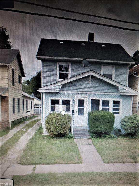 420 W 52nd Street, Ashtabula, OH 44004 (MLS #4217897) :: The Jess Nader Team | RE/MAX Pathway