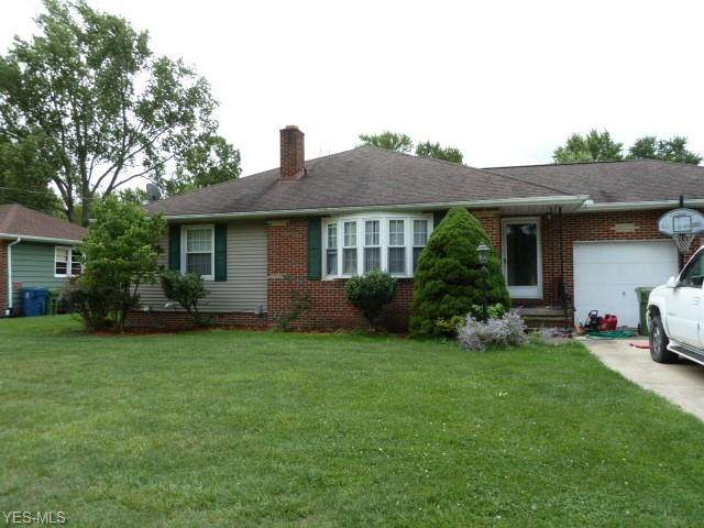 11517 Lawndale Drive, Parma Heights, OH 44130 (MLS #4219379) :: Keller Williams Chervenic Realty