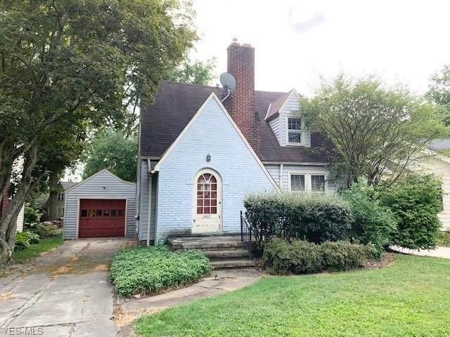 945 Homewood Avenue, Salem, OH 44460 (MLS #4220206) :: The Holden Agency