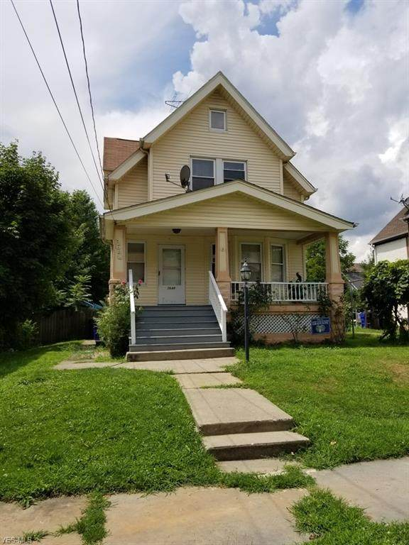3648 W 32nd Street, Cleveland, OH 44109 (MLS #4220221) :: RE/MAX Trends Realty