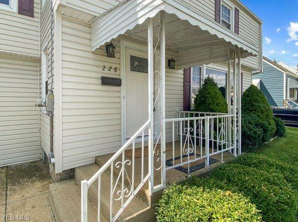 228 Creed Street, Struthers, OH 44471 (MLS #4221659) :: RE/MAX Trends Realty