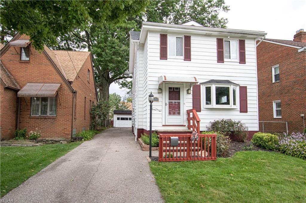 16708 Larchwood Avenue - Photo 1