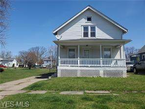 309 Connecticut Avenue, Lorain, OH 44052 (MLS #4222922) :: Keller Williams Chervenic Realty