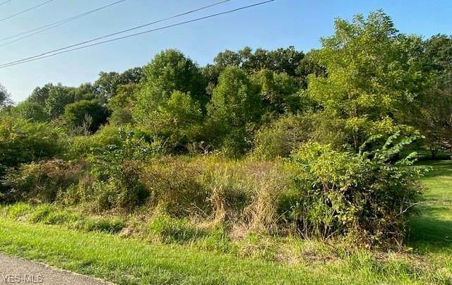 Itawamba Trail, Malvern, OH 44644 (MLS #4222953) :: RE/MAX Edge Realty