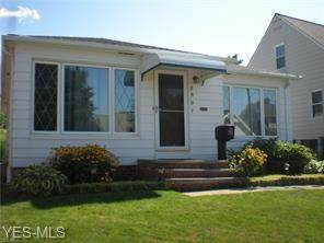 6907 Ridgewood Avenue, Parma, OH 44129 (MLS #4223843) :: The Art of Real Estate