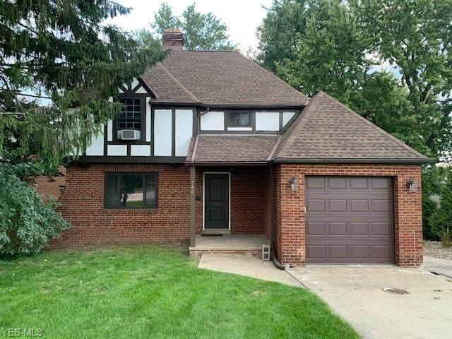 740 W Schaaf Road, Cleveland, OH 44109 (MLS #4224972) :: Keller Williams Chervenic Realty