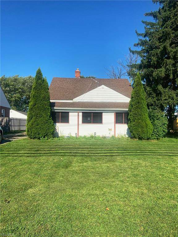 30005 Lake Shore Boulevard, Willowick, OH 44095 (MLS #4225124) :: Tammy Grogan and Associates at Cutler Real Estate