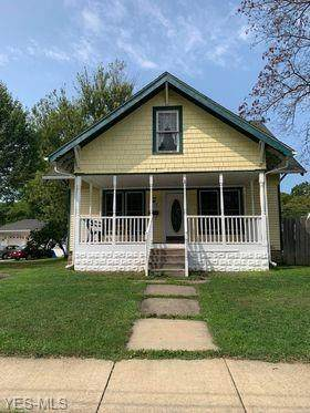 1415 W 17th Street, Ashtabula, OH 44004 (MLS #4225151) :: The Jess Nader Team | RE/MAX Pathway