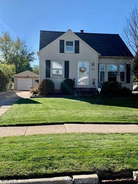 1238 Washington Boulevard, Mayfield Heights, OH 44124 (MLS #4225724) :: The Crockett Team, Howard Hanna