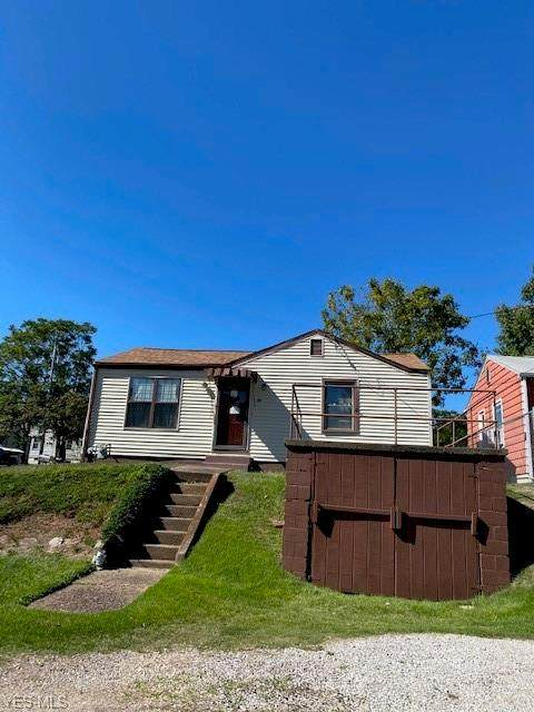 814 Grandview St, Parkersburg, WV 26101 (MLS #4226341) :: The Holly Ritchie Team