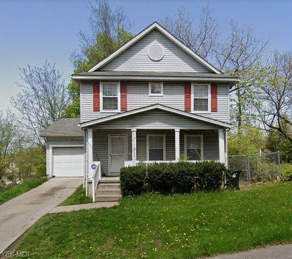 10323 Crestwood Avenue, Cleveland, OH 44104 (MLS #4226815) :: Tammy Grogan and Associates at Cutler Real Estate