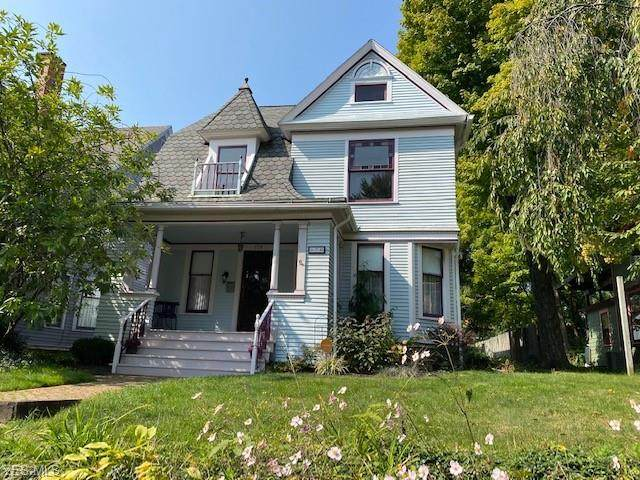 170 Beck Avenue, Akron, OH 44302 (MLS #4227086) :: The Holden Agency