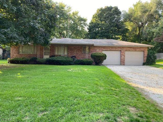 12873 Islandview Avenue NW, Uniontown, OH 44685 (MLS #4227259) :: The Jess Nader Team | RE/MAX Pathway