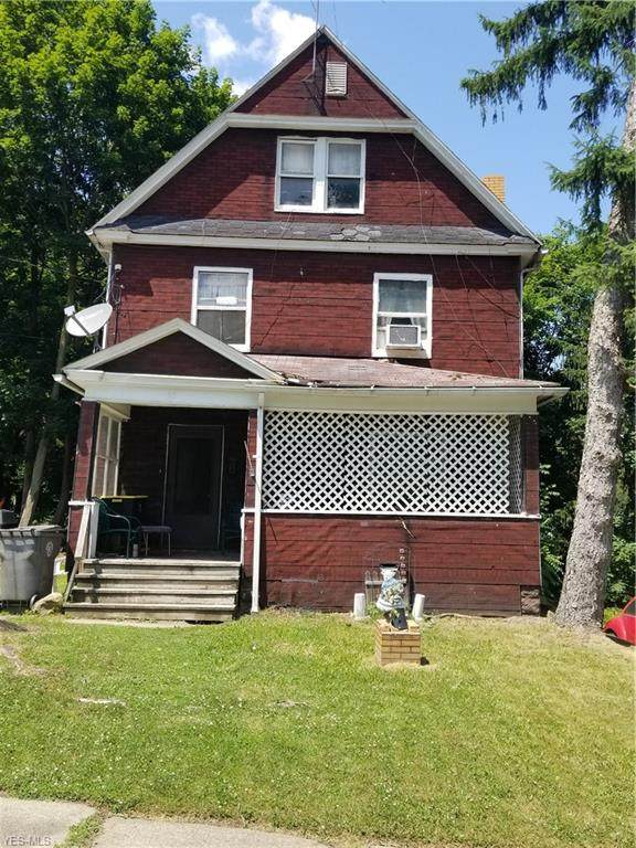 28 Thornton Avenue, Youngstown, OH 44505 (MLS #4227357) :: The Jess Nader Team | RE/MAX Pathway